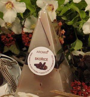 Aromatická svíčka Skořice jehlan